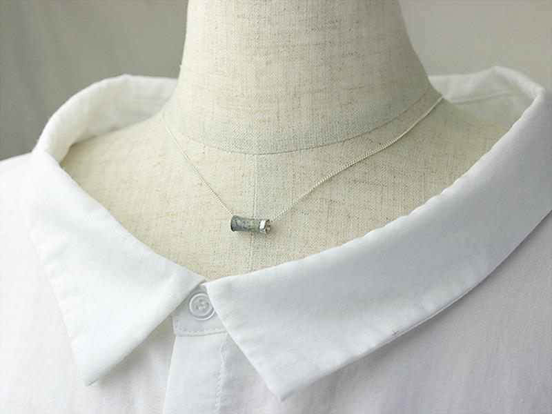 hitotoi-vase-necklace