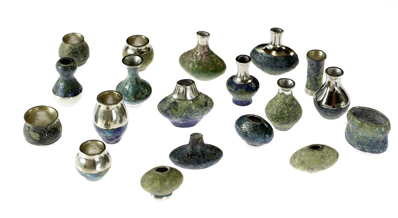 hitotoi vase accessories