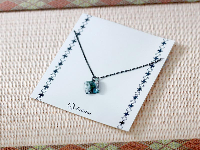 hitotoi-necklace-Package